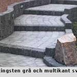 Vacker trappa av Hjetingsten med svart multikantsten